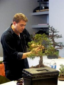 1er cours  de la premi�re classe Acadmemy Bonsai 13-14-15 octobre 2011 (55).JPG