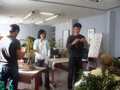 1er cours  de la premi�re classe Acadmemy Bonsai 13-14-15 octobre 2011 (47).JPG